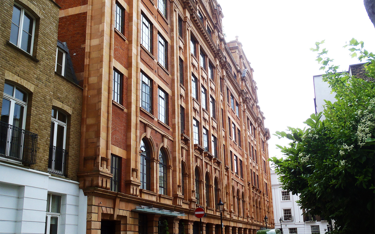 Harrods parcel building refurbishment